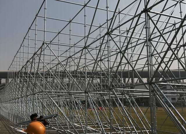 Maintenance Matters During the Erection of Scaffolding